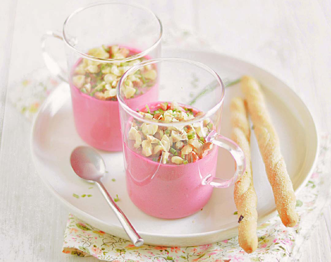 Mousse de betteraves aux noisettes